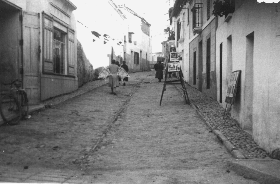 www.torrejoncillotodonoticias.com_fotos_para_el_recuerdo_Carteleras del cine Lasi1_0023