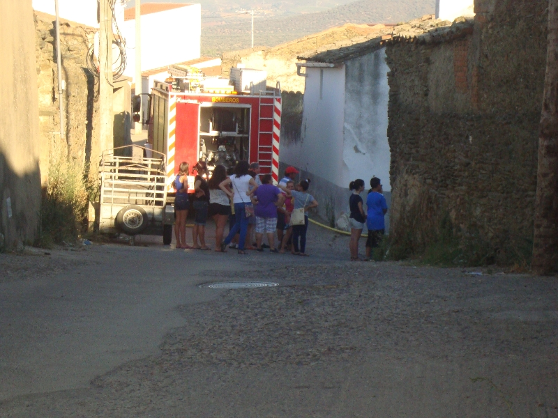 Incendio en Torrejoncillo en la zona de