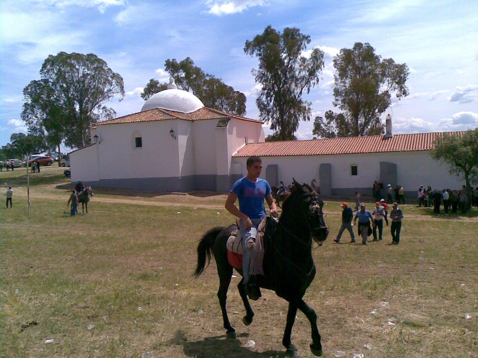 www.torrejoncillotodonoticias.com_romeria_-_2009_0066