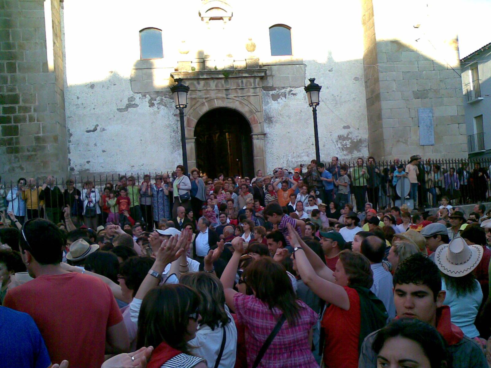 www.torrejoncillotodonoticias.com_romeria_-_2009_0091