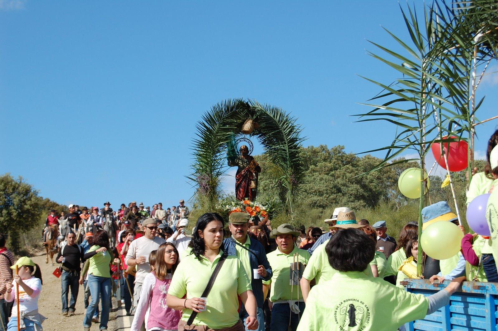 www.torrejoncillotodonoticias.com_romeria_de_torrejoncillo_a_san_pedro-_2009_0012