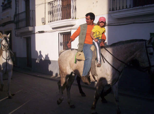 www.torrejoncillotodonoticias.com_romeria_-_2008_0016