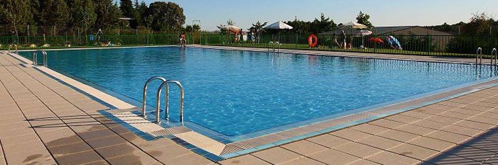 Bono familiar para las piscinas municipales