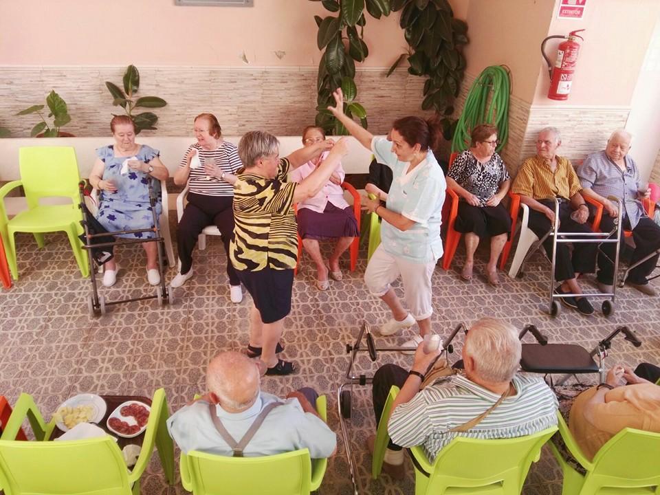 Día de los abuelos en la Residencia Santa Isabel