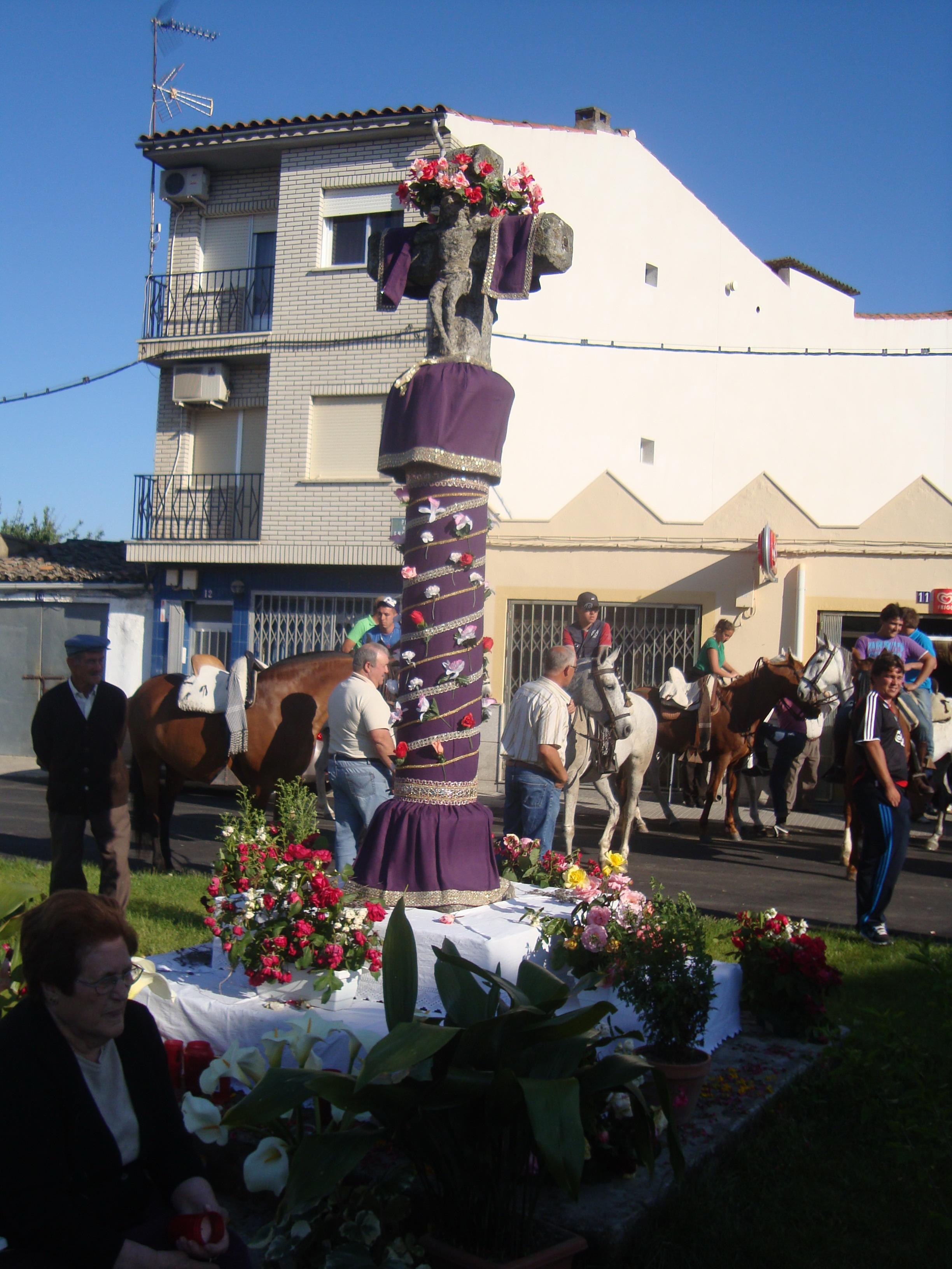 Torrejoncillo celebró un año más el día de «La Cruz Bendita»