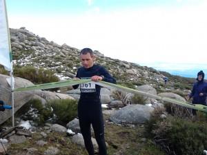 El tornavaqueño Javier González, a su llegada a meta - FEXME