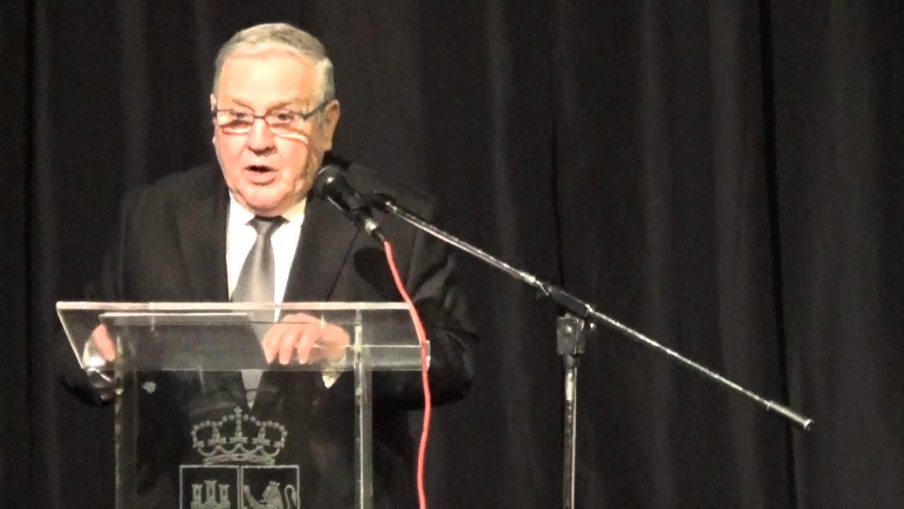 Antonio Alviz presentó su nuevo libro «Crónicas de un Torreoncillo»