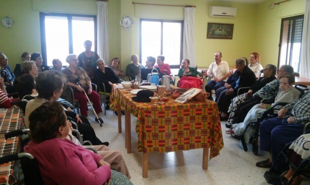 Taller de Reminiscencia en la Residencia de Mayores de Torrejoncillo