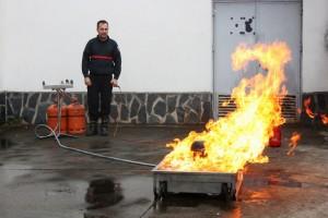 Los bomberos del SEPEI visitaron el instituto - IESO VÍA DALMACIA