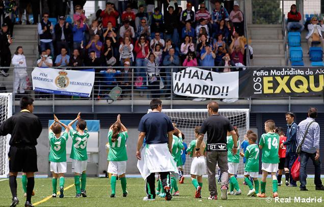 """Inolvidable fin de semana de la Peña Madridista """"La Encamisá"""" en Valdebebas"""
