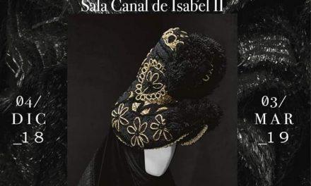 Nuestro Pañuelo del Gajo en la exposición «Modus. A la manera de España»
