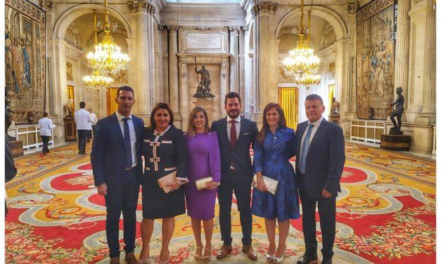 Torrejoncillanos en la recepción oficial de Casa Real el día de la Hispanidad