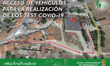 ACCESO DE COCHES AL CENTRO DE SALUD PARA LA REALIZACIÓN DE LOS TEST RÁPIDOS COVID-19