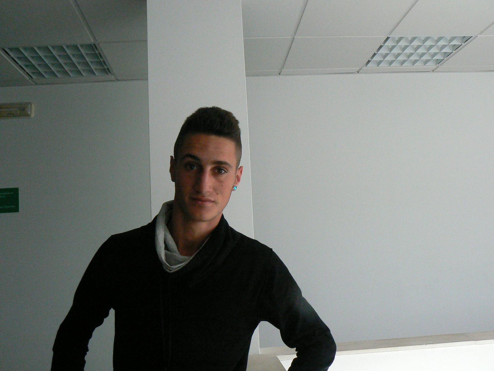 Adán Méndez se convierte, probablemente, en el torrejoncillano más joven en jugar en 3ª División