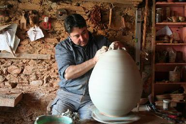 Antonio Moreno Arias impartirá un curso de alfarería durante la Feria del Caballo y la Artesanía