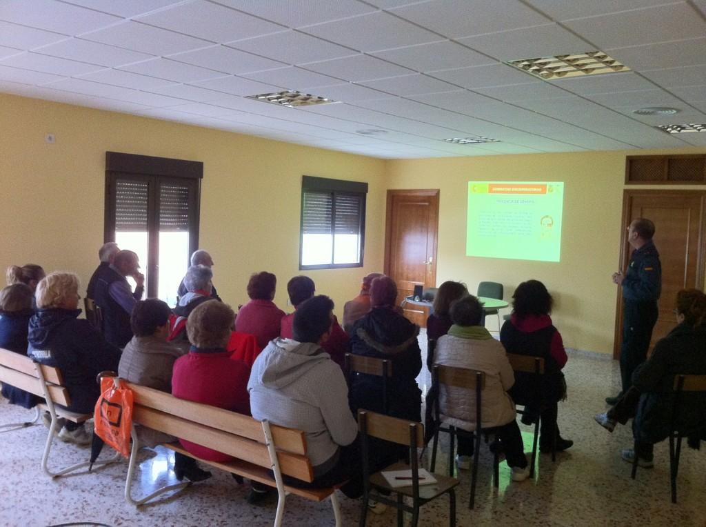 El Ayuntamiento de Cachorrilla acogió la charla - OFICINA DE IGUALDAD