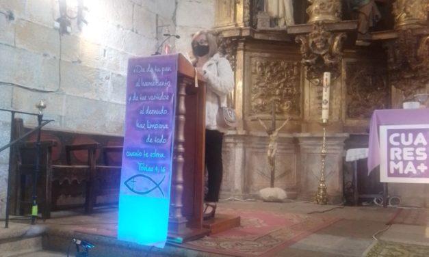 Caritas Parroquial de Torrejoncillo se suma al 8 M a través del circulo de silencio : Por los derechos de las Mujeres.