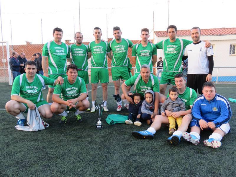 Buen papel de los torrejoncillanos en el XXV Campeonato de Liga Fútbol 7 Aficionados de la Ciudad de Coria