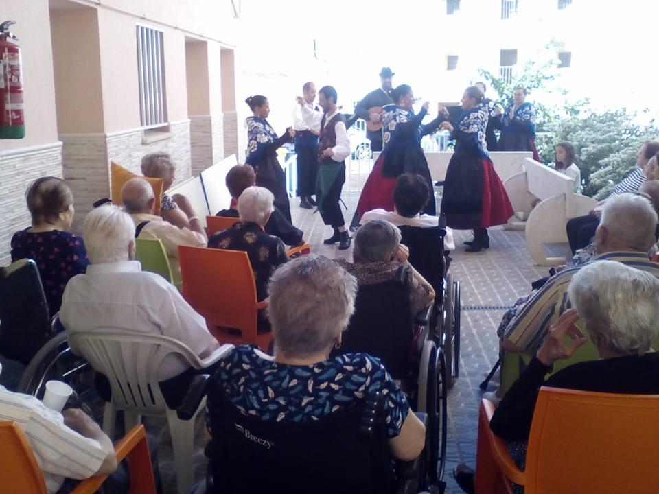 Regresando al pasado con Coros y Danzas de Torrejoncillo