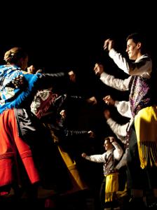 Coros y Danzas de Torrejoncillo - Foto Víctor Gil