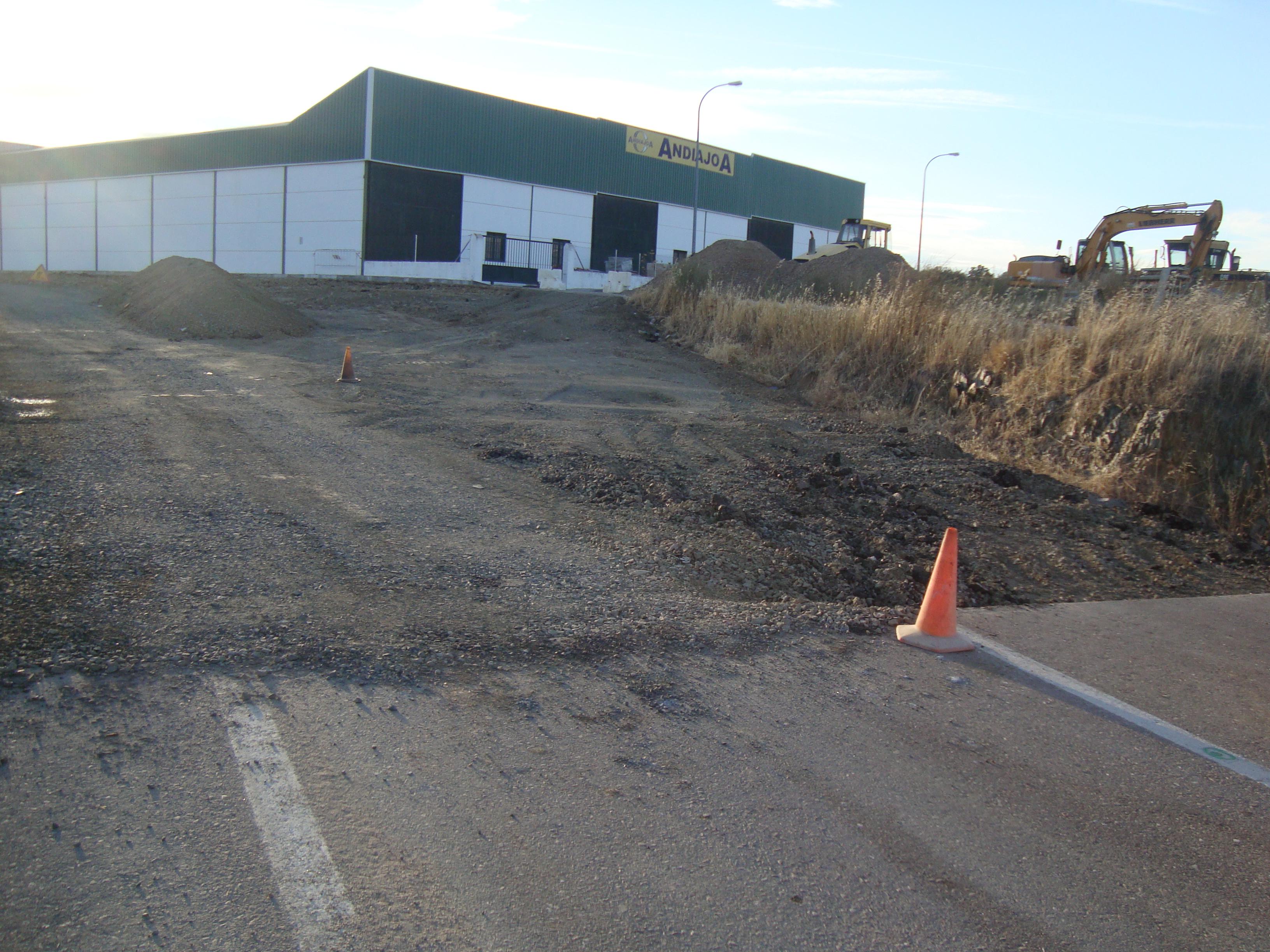 Obras de mejora en el acceso al Poligono de La Dehesa