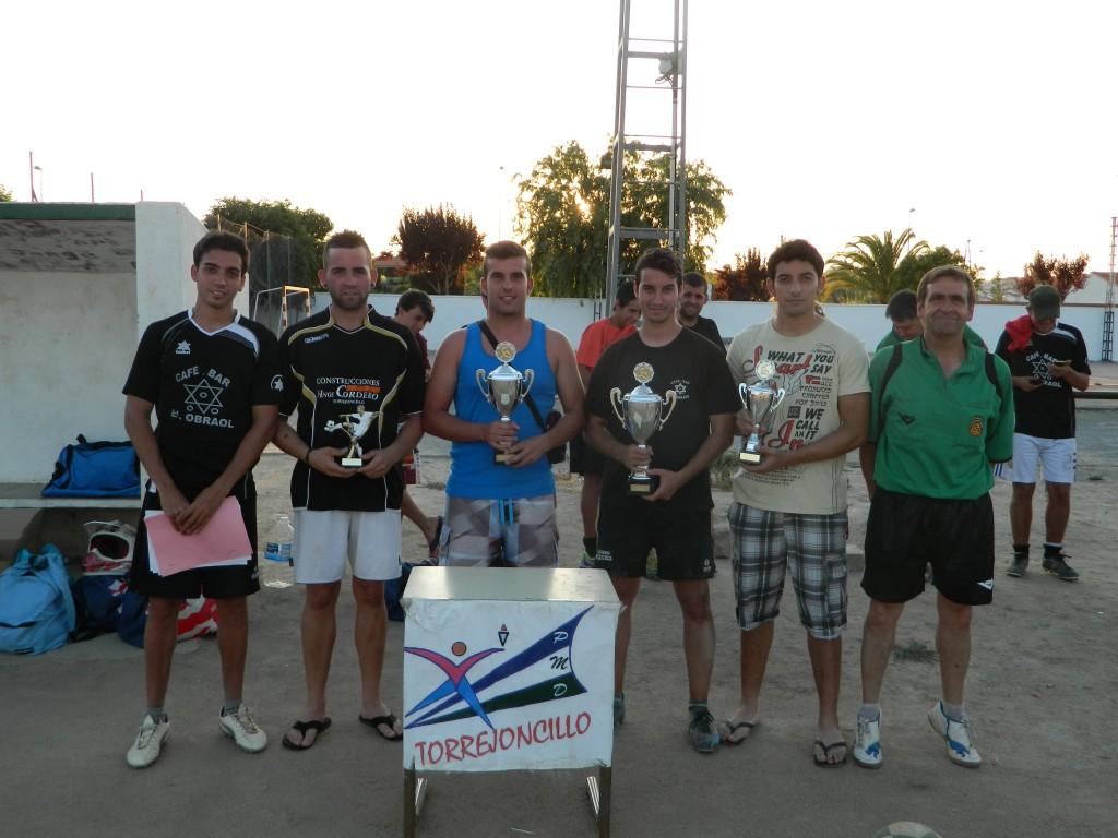 Entrega de trofeos de la X Copa Primavera de Fútbol 7 de Torrejoncillo - DINAMIZACIÓN DEPORTIVA