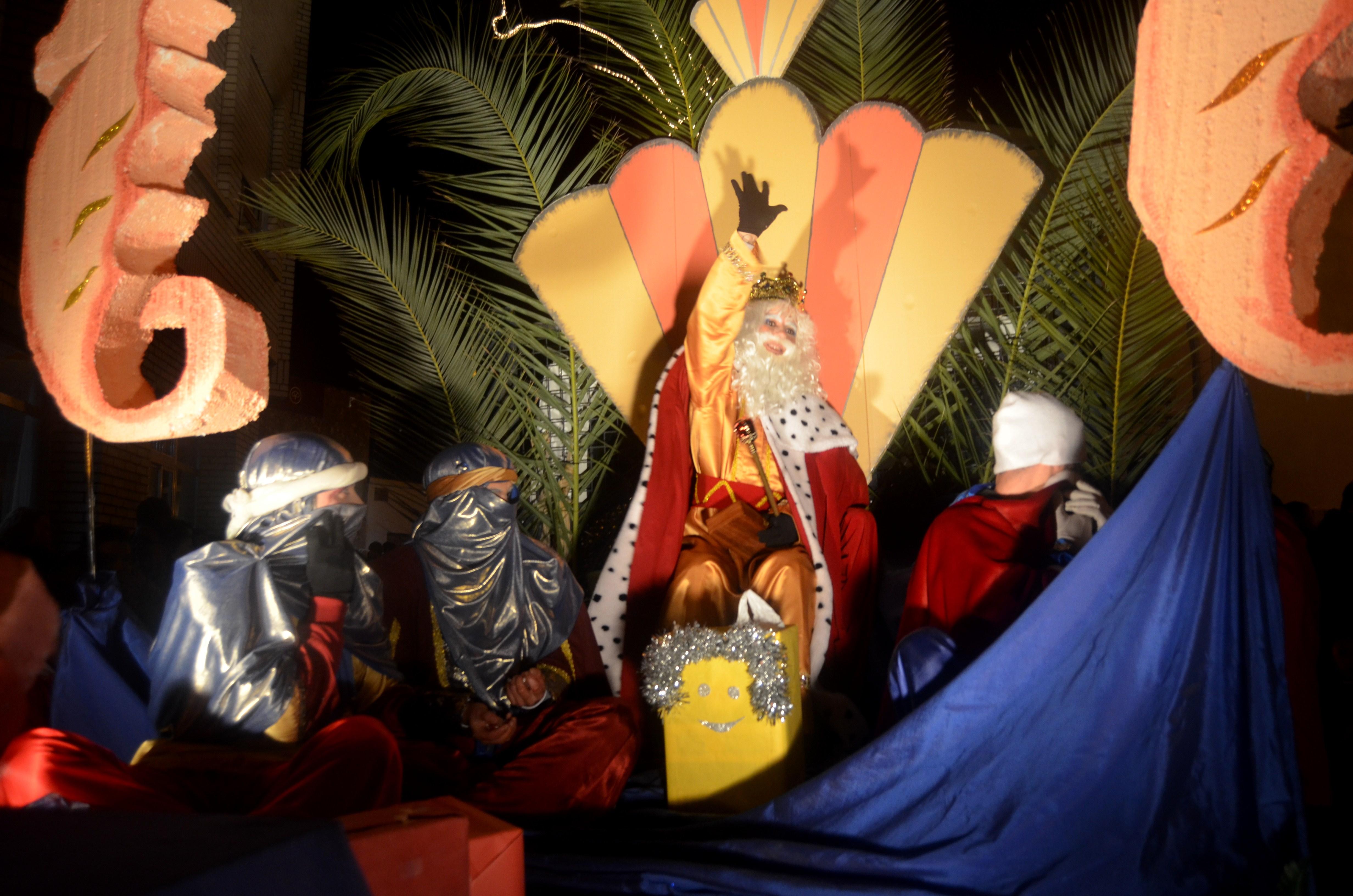 Torrejoncillo y Valdencín se vuelcan con la llegada de Sus Majestades de Oriente