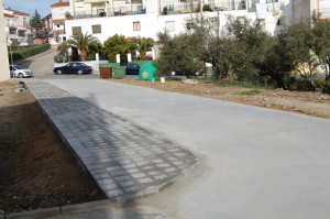 Nuevo asfaltado junto a la guardería