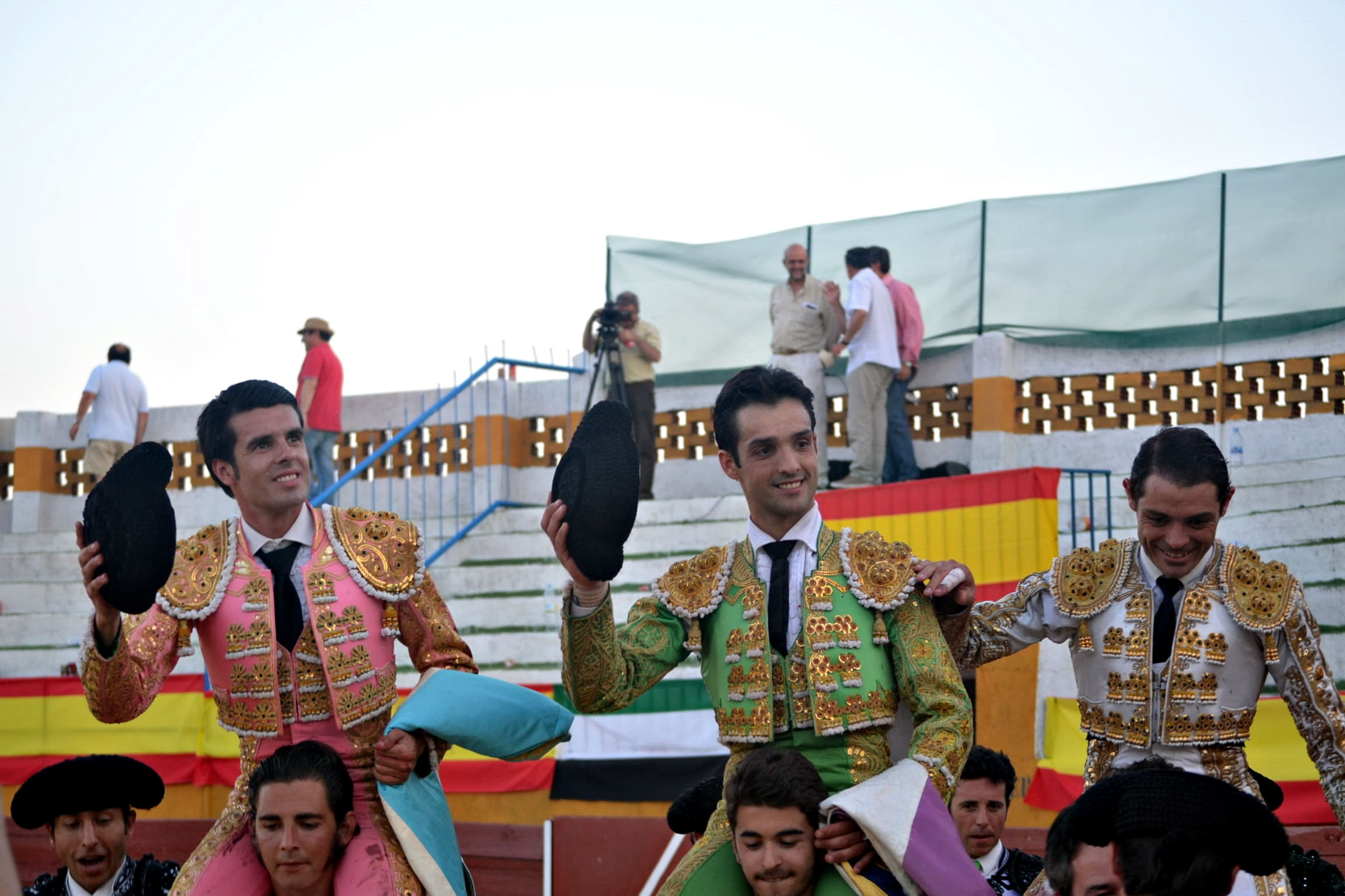 Dos orejas de peso y salida a hombros para Emilio de Justo en Malpartida de Plasencia