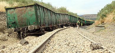 Descarrila un tren de mercancías en Cañaveral y daña 300 metros de vía