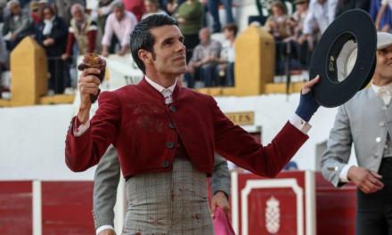 Emilio de Justo reaparece con éxito en Barcarrota
