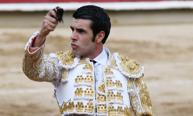 Emilio de Justo corta la única oreja de la tarde en Cali