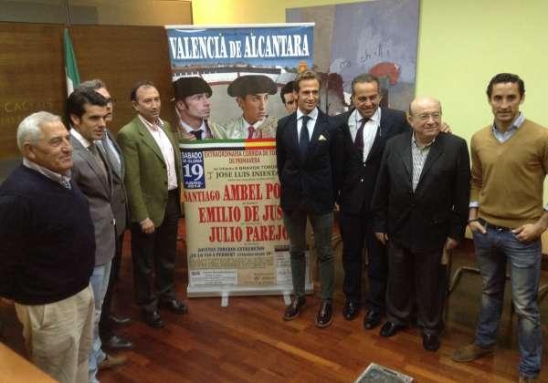 Los diestros Emilio de Justo, Ambel Posada y Julio Parejo lidiarán reses de José Luis Iniesta en Valencia de Alcántara