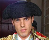 Emilio de Justo corta oreja en Francia