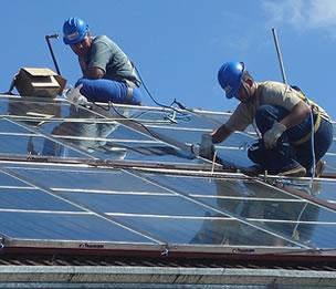Adesval oferta un curso de instalador de energía solar térmica