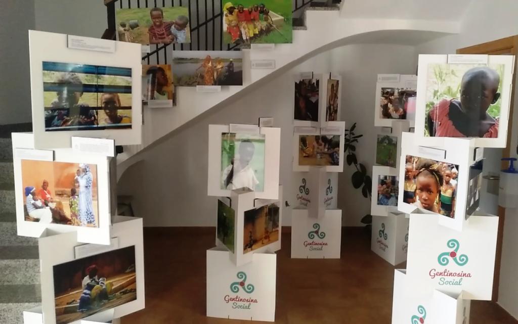 """El Batán acoge la exposición fotográfica """"África es nombre de mujer"""""""