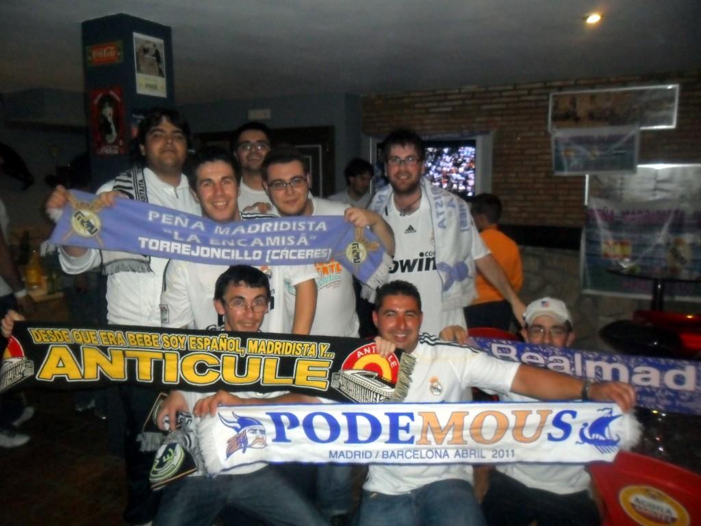 Celebración, en Torrejoncillo, de la consecución madridista de la Copa del Rey 2011 - RICARDO LÓPEZ