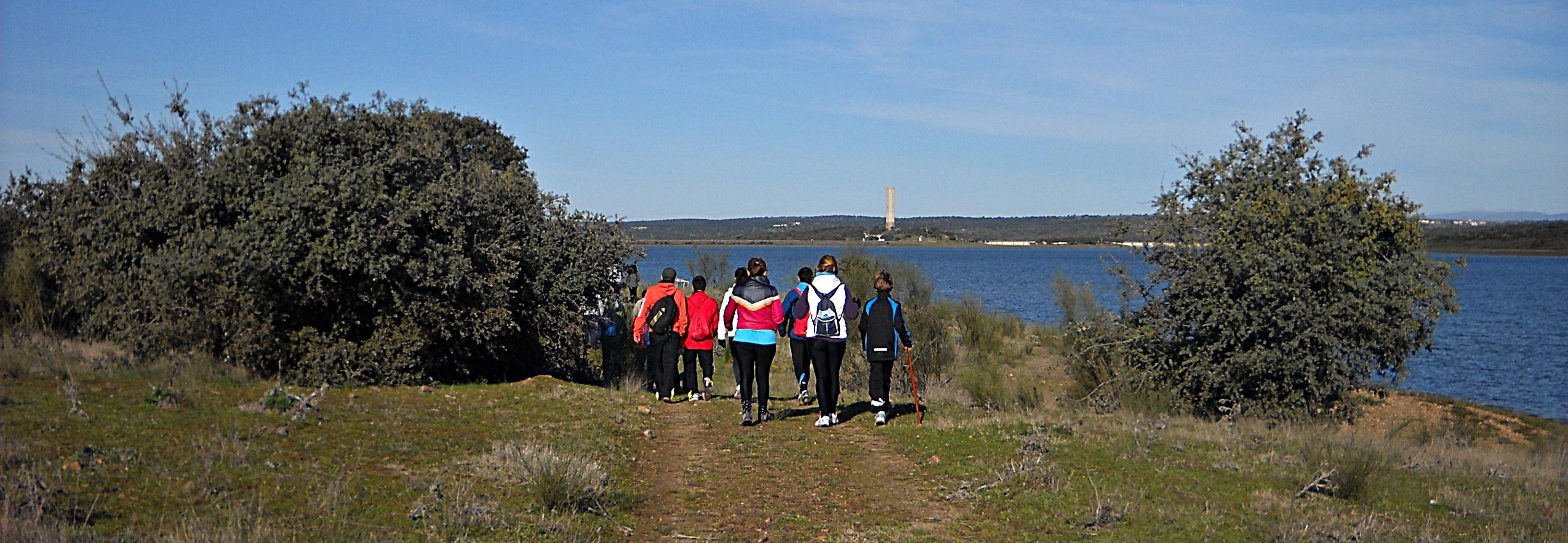 Gran éxito de participación en el arranque del I Circuito Senderista de Torrejoncillo