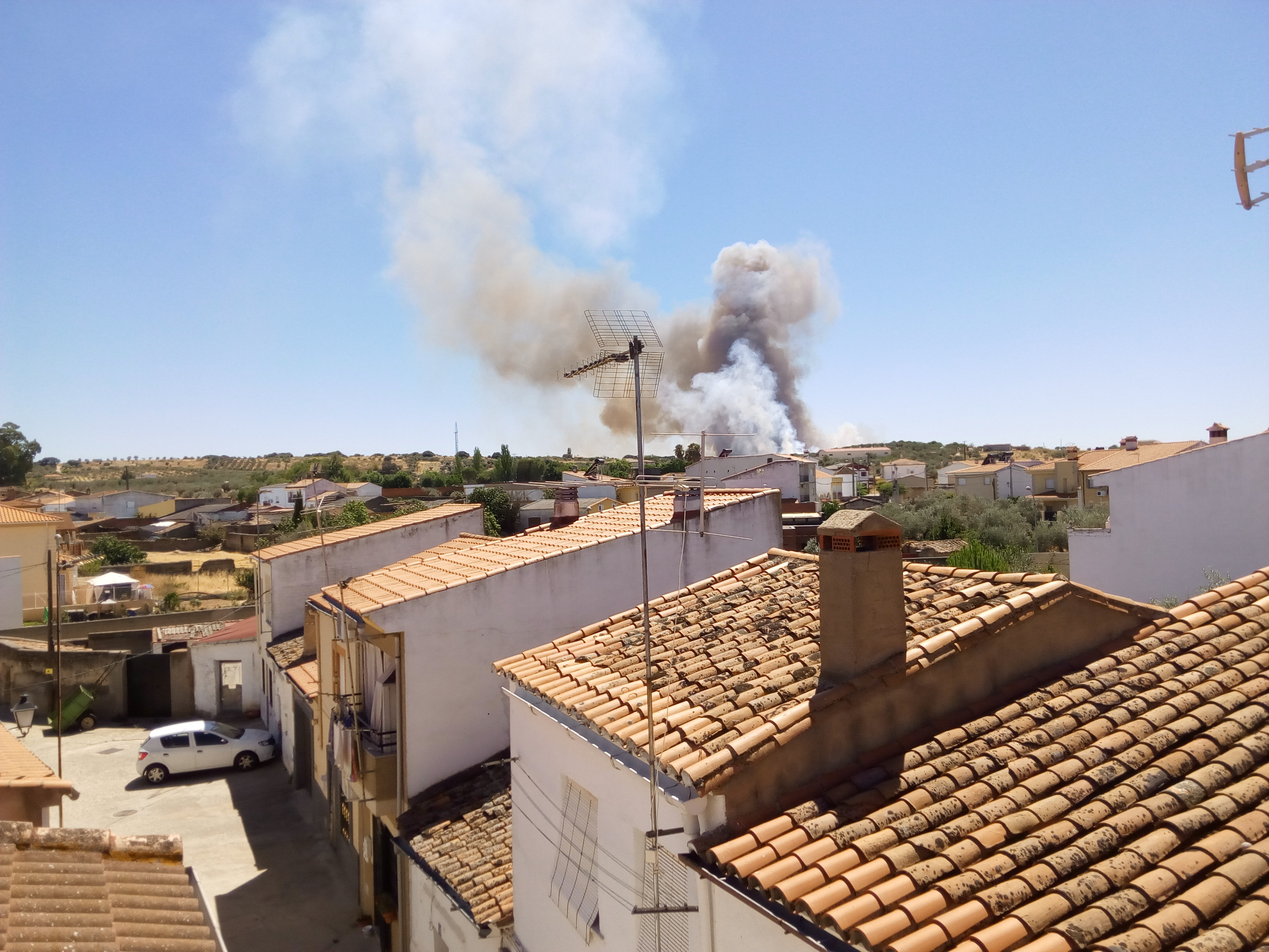 Fuego en Torrejoncillo