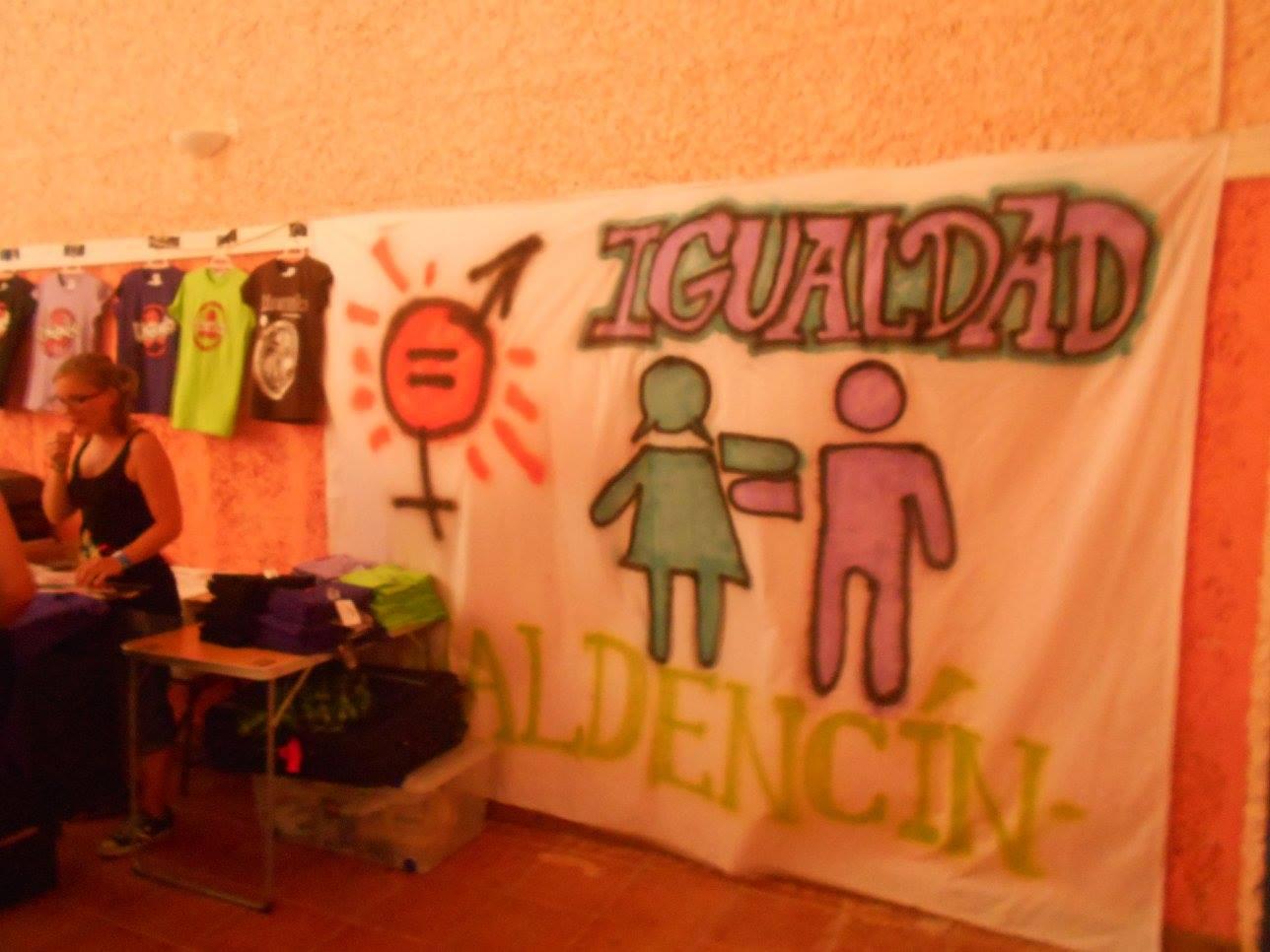 Pancartas por la Igualdad de Género en Valdencín