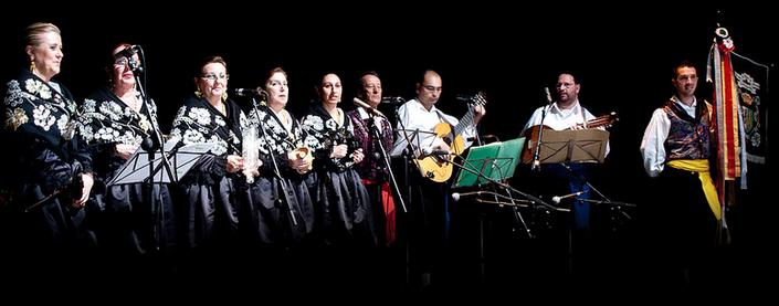 Coros y Danzas de Torrejoncillo en Alba de Tormes