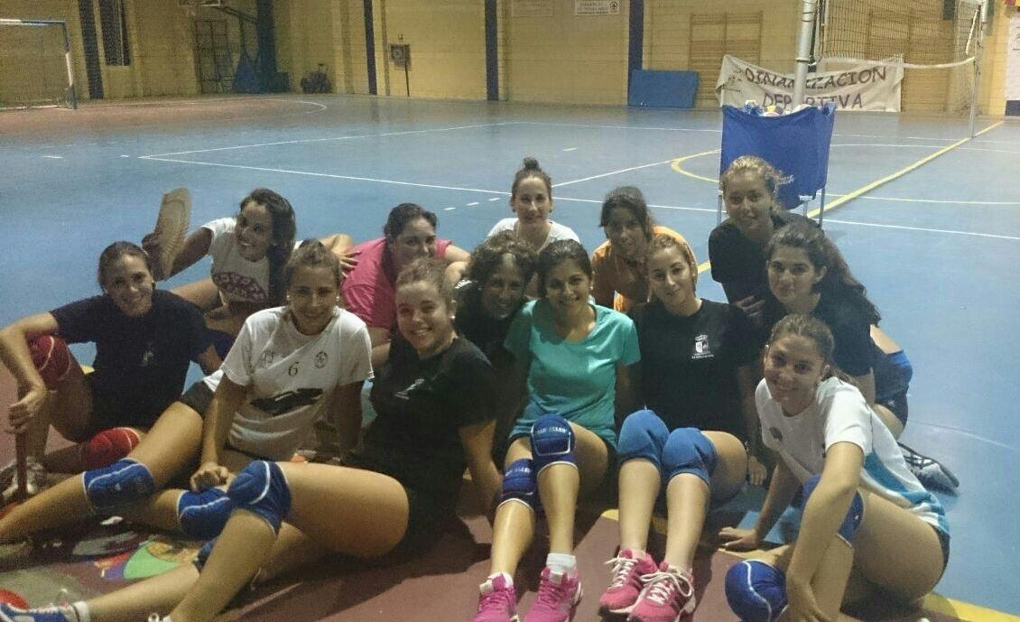 La AD Batalla de Pavía prepara el inicio de temporada de voleibol