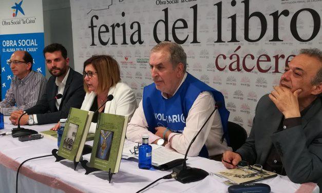"""""""El Nano"""" y la orfebrería de filigrana, temas de las dos publicaciones de la Diputación presentadas en la Feria del Libro"""