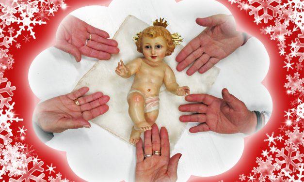 El Niño Jesús es llevado a los mayores de Torrejoncillo