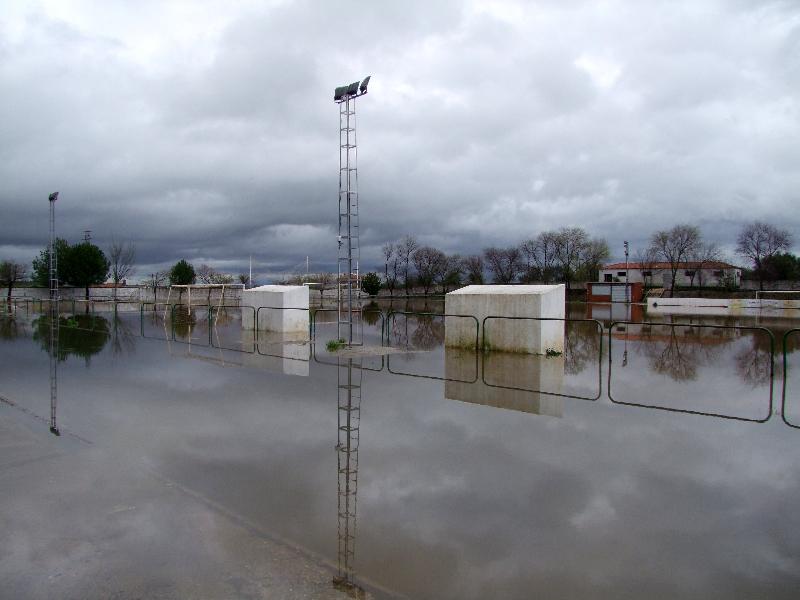 El temporal de lluvia provoca graves inundaciones en Torrejoncillo