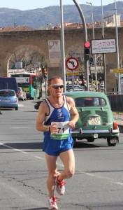 Juan Luis Cirujano subió al podio en 2ª posición sénior en la Media Maratón de Plasencia - ARCHIVO