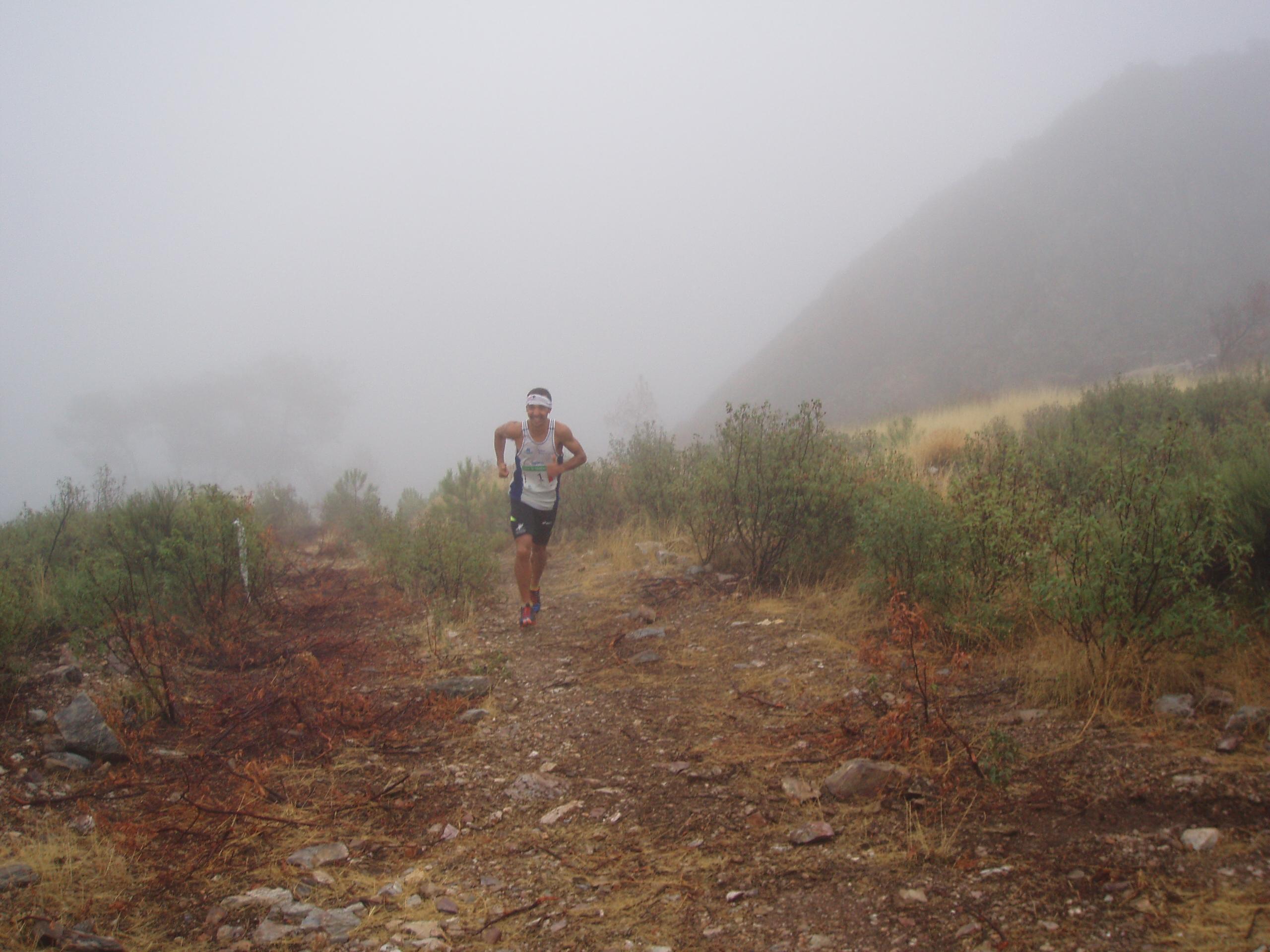 Los torrejoncillanos vuelven a brillar en el Maratón de su pueblo