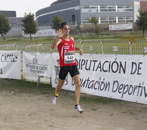 El atletismo torrejoncillano no falta a su cita anual con Itálica