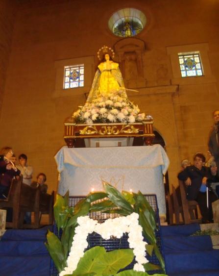 59 jinetes participaban en la ofrenda floral a María Inmaculada  en Torrejoncillo