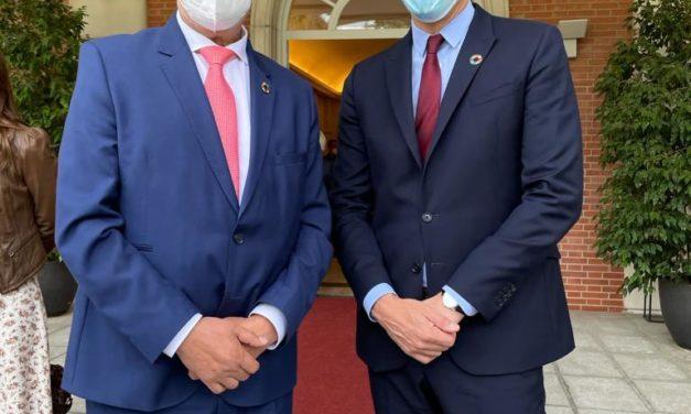 Carlos Carlos asiste en la Moncloa a la presentación  «Pueblos con Futuro» que ha dado a conocer el presidente del Gobierno, Pedro Sánchez